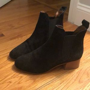 """Black """"Chelsea Boot"""" from Topshop 